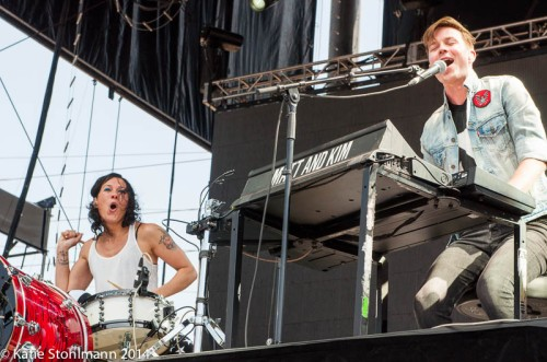 Matt & Kim get the party going at BottleRock 2014.